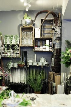 flower shop - wall crates - retail display