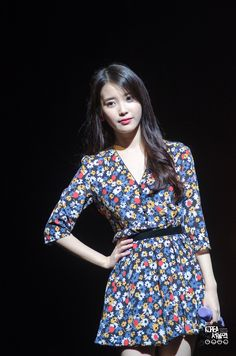 150920 IU at Debut Anniversary Fan Meeting Iu Fashion, Womens Fashion, Number One Song, Celebrity List, Music Charts, Hottest 100, Her Music, Debut Album, Kristen Stewart