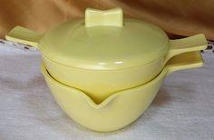 Vintage YELLOW Melamine Melmac covered sugar bowl & creamer mid century *et