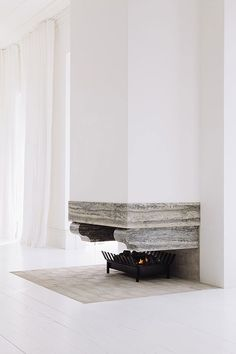 Beautiful understated fireplace - Harbour Edge House by Fearon Hay Architects // Auckland, NZ Fireplace Design, Fireplace Mantle, Floating Fireplace, Suspended Fireplace, Fireplace Ideas, Fireplace Surrounds, Limestone Fireplace, Concrete Fireplace, Decoration Inspiration