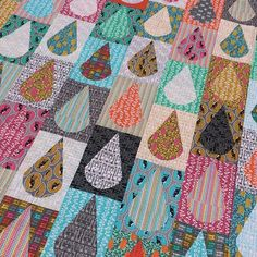 I love this quilt!! When I was making samples from my latest fabric range I knew…