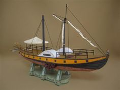 Steamship Caledonia In Mondorf you will have in 1817 been amazed, as a smoking ship without wind or Treidelhilfe of horses against the flow of the Rhine went up. Although Caledonia was not the first steamboat on the Rhine, but the first that Mondorf happened.    1: 100 scale model    - posted with permission of Kallboys.de