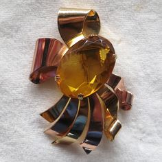 """Large Coro faux faux citrine crystal ribbons fur clip.  2.75 x1.75"""" 1940's ,called retro style.  There was a Coro bracelet to match."""