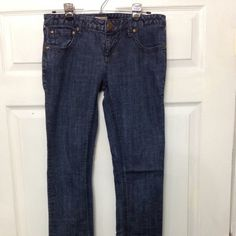 Free people skinny jeans dark wash sz 29 Like new FP skinny jeans in excellent condition Free People Jeans Skinny