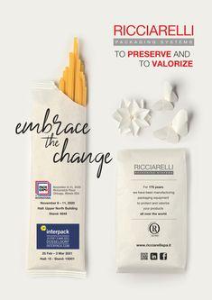 """""""Embrace the change"""" significa per Ricciarelli unirsi alla lotta per la riduzione della plastica: l'azienda è già proiettata verso il futuro del mondo del packaging nel settore alimentare. La carta è protagonista della campagna pubblicitaria di quest'anno e quale migliore strumento utilizzare se non gli origami per veicolare un messaggio che ha la carta come protagonista dei prossimi sviluppi? #comunichiamovalori #protocolcomunicazione #pubblicità #graficapubblicitaria #adv Illinois, Origami, Packaging, Change, Display, App, Future Tense, Floor Space, Billboard"""