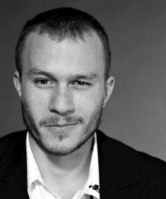 A 6 años de la muerte de Heath Ledger lo recordamos con los mejores papeles que interpretó a lo largo de su corta pero muy fructífera carrera en cine. http://www.linio.com.mx/libros-y-musica/cine/