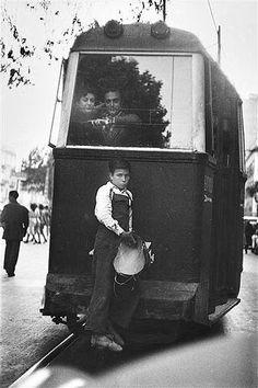 Barcelona 1951 (C) Elliott Erwitt