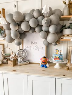 2nd Birthday Party For Boys, Second Birthday Ideas, Birthday Themes For Boys, Toy Story Birthday, Baby Birthday, Birthday Decorations, Festa Toy Store, Lincoln Birthday, Cumple Toy Story