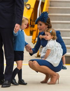 Kate Middleton Photos Photos - Catherine, Duchess of Cambridge, Prince George of Cambridge and Princess Charlotte of Cambridge arrive at 443 Maritime Helicopter Squadron near Victoria international airport on September 24, 2016 in Victoria, Canada. - 2016 Royal Tour to Canada of the Duke and Duchess of Cambridge - Victoria, British Columbia