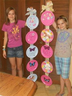 Girls are gonna make these I think. Decorate Your Tween's room for less. Fun Paper Plate Project-New Millennium Girls - Cookin' n Crafts for Kids Prayer Crafts, Bible Crafts, Summer Crafts, Fun Crafts, Arts And Crafts, Summer Fun, Robin Sharma, Good Luck Gifts, Crafts For Girls