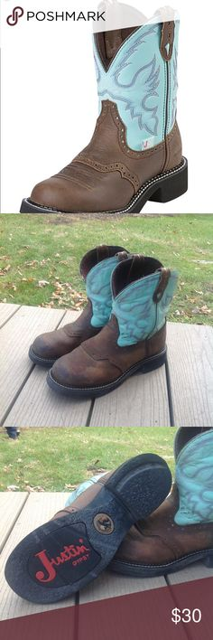 Justin Gypsy Boots Super cute 'fat baby' boots. Great with skinny jeans for a casual look or wide leg jeans on the farm. Shows some signs of wear, but got lots of life left in them! Justin Boots Shoes Ankle Boots & Booties