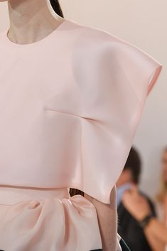 Delpozo at New York Fashion Week Spring 2016 - Livingly