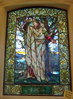 Detail of stained glass window created by Louis Comfort Tiffany in Arlington Street Church (Boston) depicting the Sermon on the Mount. March 2009 photo by John Stephen Dwyer Stained Glass Church, Stained Glass Art, Stained Glass Windows, Mosaic Glass, Louis Comfort Tiffany, Tiffany Stained Glass, Tiffany Glass, Church Windows, Leaded Glass