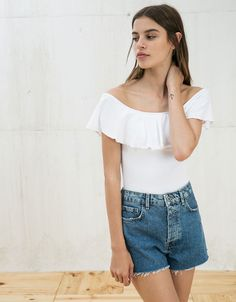Ruffle bodysuit. Discover this and many more items in Bershka with new products every week