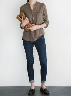How to rock the casual chic look Casual Work Outfits, Work Casual, Casual Chic, Casual Looks, Casual Dresses, Cool Outfits, Comfortable Outfits, Fashion Mode, Trendy Fashion