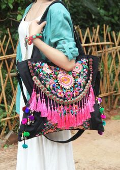 Hand made bag / embroidery bag / casual bags / fashion bag / travel package / shop tote bag / women bag / embroidered bag / single shoulder bag , Bags Online Shopping, Shopping Bag, Ethnic Bag, Embroidery Bags, Embroidery Fashion, Unique Purses, Boho Bags, Simple Bags, Casual Bags