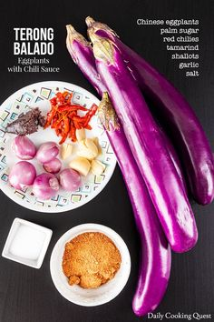 Hot and spicy terong balado (eggplants with chili sauce) just like the one you get in a decent Padang restaurant. Chili Sauce Recipe, Malay Food, Indonesian Cuisine, Malaysian Food, Asian Cooking, Asian Recipes, Easy Recipes, Food Menu, Food Inspiration