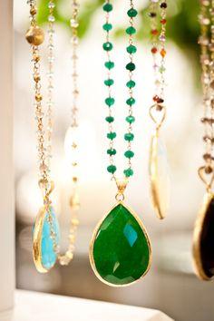 Teardrop precious stone necklace. DKM Accessories.