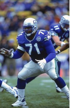 Congratulations to Walter Jones, the best Offensive Lineman in Seahawks History! One of 15 Finalists for the 2014 Pro Football Hall of Fame Class. Inductees will be announced the week of the Super Bowl. Seahawks Players, Seahawks Football, Seahawks Memes, Nfl Seattle, Seattle Seahawks, Football Roster, School Football, Seahawks Pictures, Walter Jones