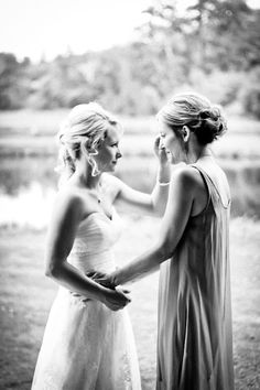 wedding pictures of the Bride & Sister
