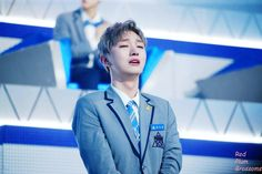 Don't cry my boy! Mommys Boy, Baby Boy, Produce 101 Season 2, Dont Cry, Stage Name, Ji Sung, Kpop Boy, Viral Videos, Trending Memes