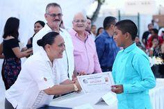 Periodismo sin Censura: AMADRINA CRISTINA TORRES A GRADUADOS DE ESCUELA PR...