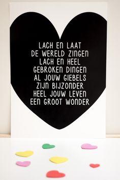 Poster met print. Prachtig uniek gedicht van Woordkunsten. Geef de poster een mooi plekje boven bedje van je kind of lijst in en hang in de woonkamer.