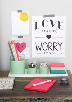 The 11 Best DIY Desk Organizers. DIY Desk Caddy Keep your desk organized and in tip top shape with these stylish 11 best desk organizers. Teacher Desk Organization, Teacher Office, Organization Ideas, Storage Ideas, Desk Redo, Desk Caddy, Cute Office Supplies, Pink Desk, Cute Desk