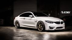 Alpine-White-BMW-M4-Project-By-TAG-Motorsports-13.jpg (1200×675)