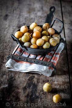 Gourmandises Chroniques: Compote de prunes Sainte Catherine - noisette ou l...