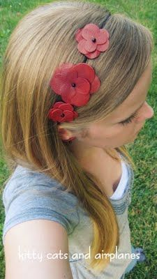Kitty Cats and Airplanes: Headband Week- Red Leather Flower Headband Diy Leather Earrings, Leather Headbands, Leather Jewelry, Diy Leather Flowers, Leather And Lace, Red Leather, Leather Diy Crafts, Leather Projects, Diy Hair Accessories