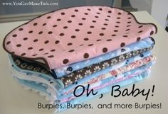 Burpies: part 2 YCST project - This is my fav! shape for burp clothes. Baby Sewing Projects, Sewing For Kids, Sewing Hacks, Sewing Tutorials, Sewing Crafts, Sewing Ideas, Burp Cloth Patterns, Sewing Patterns Free, Baby Patterns