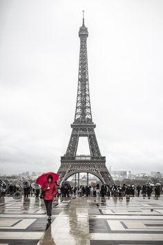 La Dame en Rouge by Victor Alexandre  on 500px