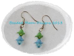 crystal flowers ~ https://www.facebook.com/pages/Beaded-Moon-Designs/229870373249