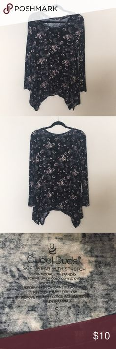 0c4dcce12ff21a Shop Women s Cuddl Duds size S Tops at a discounted price at Poshmark.
