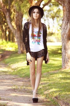 http://fashioncoolture.com.br/2012/11/16/fashioncoolture-ville-tees/