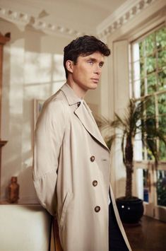 Blinders Star Cillian Murphy In This Season's Finest Coats Cillian Murphy by Tomo Brejc for Esquire UK, June Murphy by Tomo Brejc for Esquire UK, June 2016 Peaky Blinders Merchandise, Esquire Uk, Cillian Murphy Peaky Blinders, Boys Wear, Gentleman Style, Sandro, Pretty Boys, Boy Fashion, Cheap Fashion