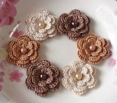 6 Crochet Flowers With Pearls In Cream, Latte, Ginger Snap YH-011-24