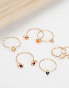 6 Bershka España - Set anillos fino amuletos