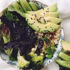 Green Lunches increase your greens to reduce inflammation and get more health benefits than your latest superfood fads. We teach you healthy habits that will last you a lifetime.