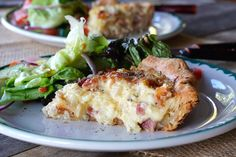 Prepare this delicious classic QUICHE LORRAINE RECIPE for your next brunch, lunch or dinner. Quiche Recipes, Brunch Recipes, Easy Dinner Recipes, Soup Recipes, Cooking Recipes, Quiche Lorraine Recipe, Lorraine Recipes, Cottage Meals, Recipes
