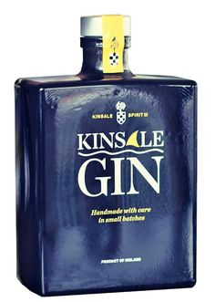 Alcohol Spirits, Wine And Spirits, Gin Bottles, Perfume Bottles, Le Gin, Peach Drinks, Gins Of The World, St Patricks Day Drinks, Gin Tasting