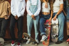Skate Girls: Nika Washington - Urban Outfitters - Blog