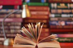 """No dia 9, às 11h, acontece mais uma edição do projeto CuentaCuentos, na Biblioteca do Instituto Cervantes, com entrada Catraca Livre. Na ocasião, a contistaBegoña Colmenero narra a história """"O domuyo, uma lenda mapuche"""", sobre um vulcão que abriga seres fantásticos e fenônomenos extraordinários, causando grande temor a pessoas das redondezas.Begoña Colmenero éBacharel em Biblioteconomia...<br /><a class=""""more-link""""…"""