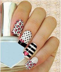 I just love these nails! Crazy Nails, Love Nails, Fun Nails, Fabulous Nails, Gorgeous Nails, Pretty Nails, Disney Nails, Stylish Nails, Nagel Gel