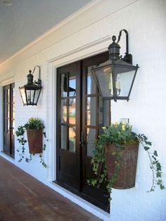 110 best farmhouse porch decor ideas (36)