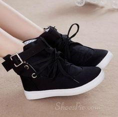 Buy Casual Shoes for women From Shoespie. You can choose your favorite casual shoes, sneakers & canvas shoes. Trendy Shoes, Cute Shoes, Me Too Shoes, Casual Shoes, Women's Casual, Moda Sneakers, Sneakers Mode, Black Sneakers, Fashion Boots