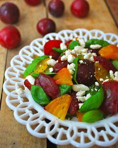 Plum Salad with Roasted Beets, Spinach and Feta   threebeansonastring.com #vegetarian #glutenfree