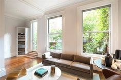 UPDATE: Sarah Jessica Parker And Matthew Broderick Just Slashed The Price Of Their NYC Townhouse Again  - ELLEDecor.com