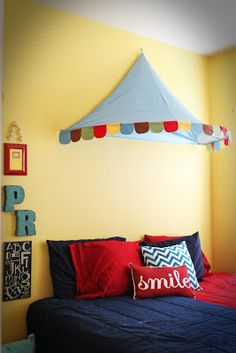 Michael 39 s room ideas on pinterest car room boy rooms for Circus themed bedroom ideas